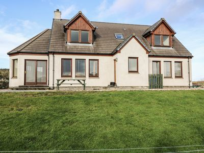 BEN LOYAL VIEW, pet friendly, with a garden in Tongue, Ref 22502