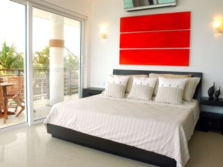 Puerto Morelos condo photo - Master Bedroom with sliding doors to Terrace