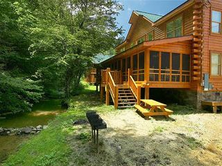 cabin in the smokies with jetted tubs homeaway tennessee