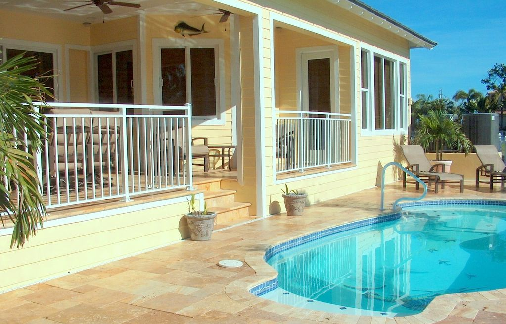 Available 7 25 8 1 private 5 bedroom home vrbo for 9 bedroom beach house rental