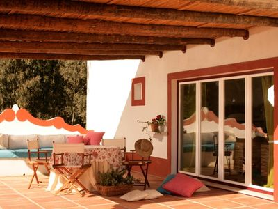 AREEIRO HILL, cottages amidst nature with pool;
