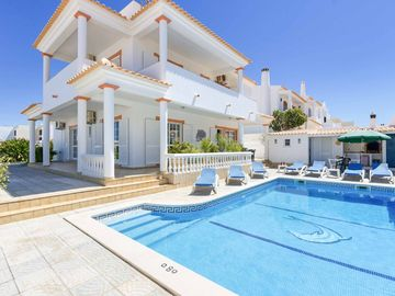 Villa Mimosa - Four Bedroom Villa, Sleeps 8