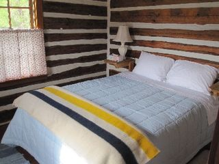 Gardiner cabin photo - Upstairs Bedroom, Queen bed