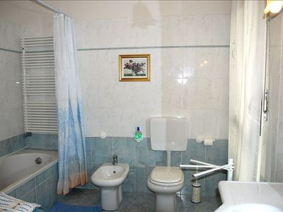 Bathroom 1. Tidy, perfectly maintained for your total comfort