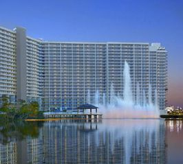 Lake Town Wharf condo photo