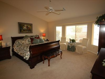 Spacious Master Bedroom w/King size bed, bay window seating area w/views