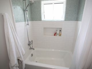 Bath - Manhattan Beach house vacation rental photo