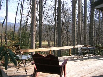 Black Mountain cottage rental - the deck