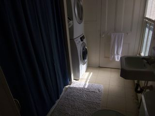 Ithaca apartment photo - Bath with brand new Washer & Dryer