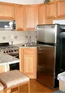 Updated kitchen w/all new appliances & granite countertops