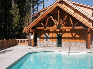 Year Round Heated Pool and Hot Tub