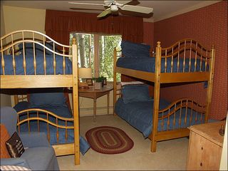 Snowmass Village house photo - Bunk Room w/bath