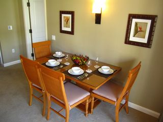 Lahaina condo photo - Dining Room Table