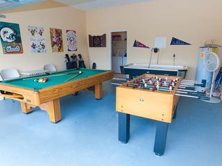 Glenbrook Resort villa photo - Game room with slatebed Pool Table