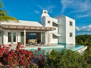 Providenciales - Provo villa photo - Infinity pool with view