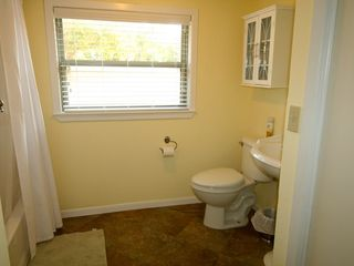 Burnet house photo - Full Hallway Bathroom with Shower Tub Combo