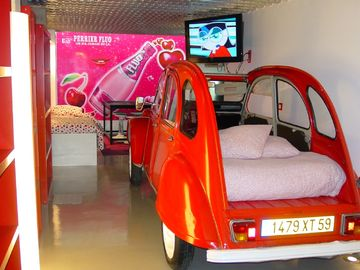 Citroen 2CV car bed