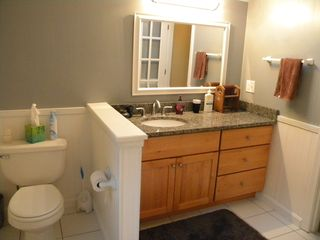 Ludlow house photo - Master Bath.