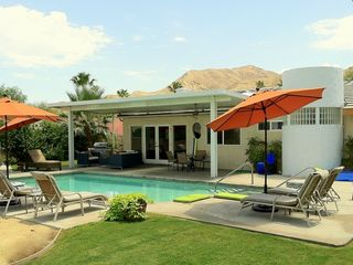 Palm Springs house photo - Green Cushions for pool-side/spa-side sitting; don't ruin your new bathing suit!