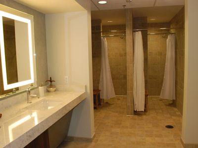 Showers & Sauna: Men and Women's Locker Room (Indoor Pool & Hot Tub)