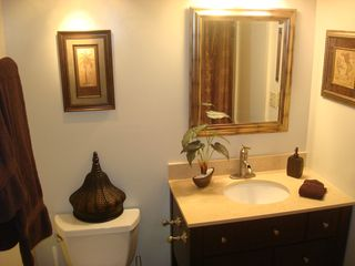 Waikiki condo photo - New spa type bathroom included with tiub/shower and luxurious towels!!