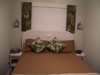 Folly Field condo photo - Hilton Head Island~Plush new queen mattress with soft, medium and firm pillows!