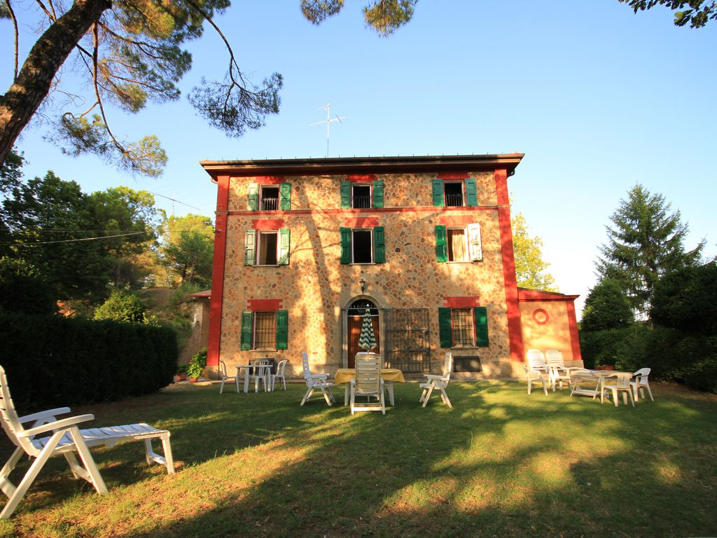Peaceful house, with terrace , Bologna, Emilia-Romagna