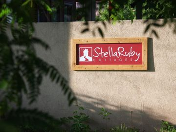 StellaRuby Sign / Logo