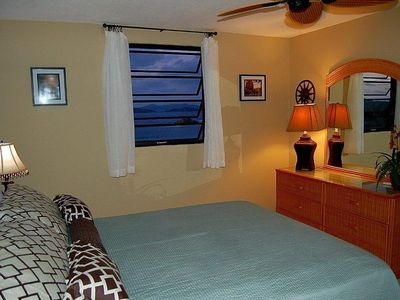 Private Master bedroom retreat with down Island and Ocean Views!