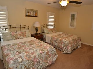 Clearwater Beach condo photo - 2nd Bedroom (TV and Dresser on opposite wall)
