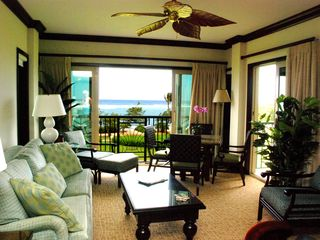 Waipouli condo photo - This is the central gathering area with full ocean views.