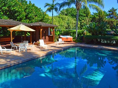 Your own mini-resort - pool, hot-tub, tennis court, sauna, outdoor shower