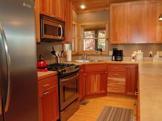 Lost River cabin photo - kitchen