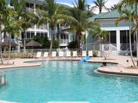 Luxury 3BR/2.5 BA Completely Furnished Condo - Resort Style Living