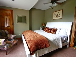 Lake Placid house photo - King Size Bed with Flat screen TV