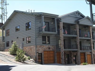 Townhome for Rent in Grand Lake, Colorado - Modern 3-story