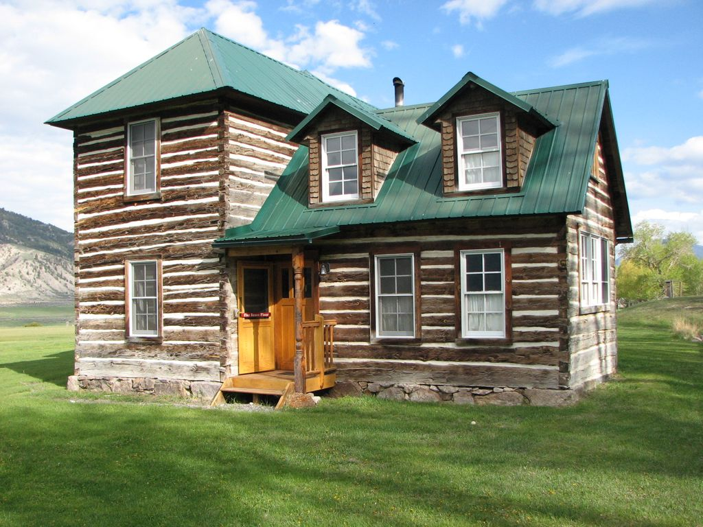 1907 historic log cabin historic 2 story hand hewn log cabin next to yellowstone homeaway - Two story holiday homes ...