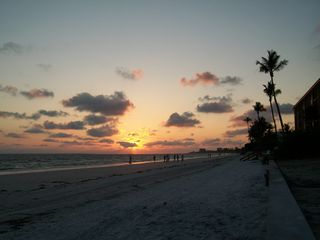 Fort Myers Beach house photo - Beach sunsets are a special treat before a relaxing evening meal.