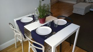 Islington apartment photo - Dinning area by the balcony