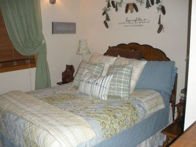 Romantic and relaxing, downstairs bedroom with full size bed & closet