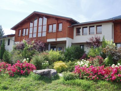 Great apartment in a residence on the slopes in the beautiful ski area of Paradiski and near the Vanoise Express.