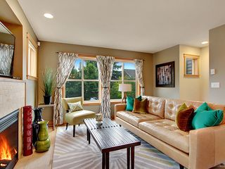 "Seattle townhome photo - Living Room, Gas Fireplace, 46"" Flat TV, Wireless Internet await your visit."