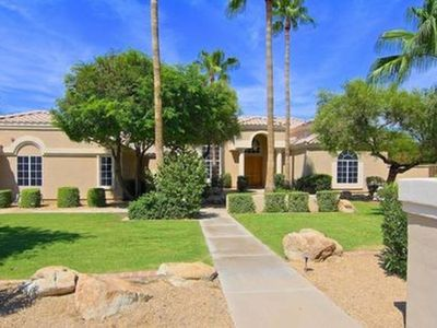 4k sqft Paradise with 1/2 acre in North Scottsdale