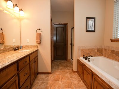 Master Suite Bath w/jetted tub, walk-in shower, double vanities, walk-in closet