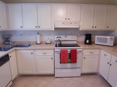 Naples condo rental - Kitchen
