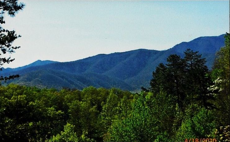 God 39 s gift 2br 2ba log cabin with great mountain view for God s gift cabin gatlinburg