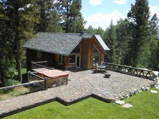 Wilson house photo - Domaine and Shared Hot Tub/Deck
