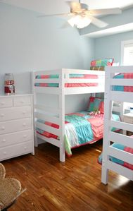 Kid-friendly bunk room