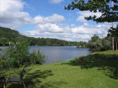Peaceful Friendship Lake, great swimming,fishing and relaxing