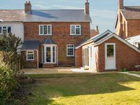 GORDONS HOUSE, family friendly, with a garden in Andover, Ref 14325